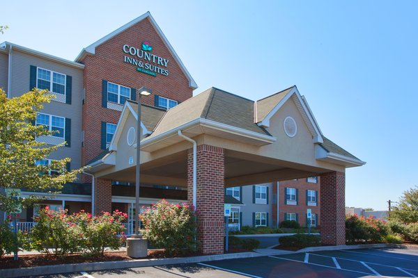 Country Inn & Suites - Lancaster