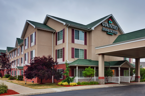 Country Inn & Suites - Erie