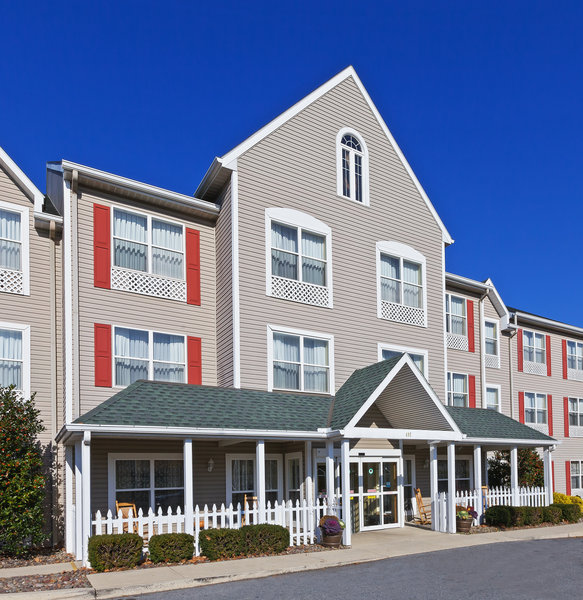 Country Inn & Suites - Wyomissing